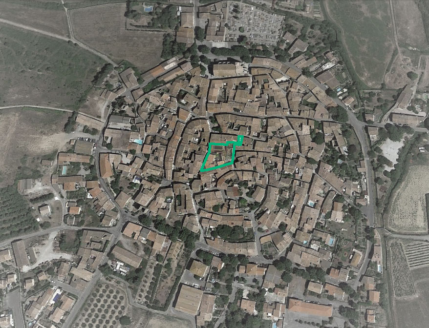 La zone privilégiée d'intervention est située au centre du village.