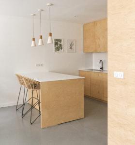 Cuisine maison PP- bois béton corian- construction maison neuve- bois béton corian