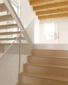 MaisonPP- double hauteur2- escalier bois béton métal- architectes toulouse-saarchitectes