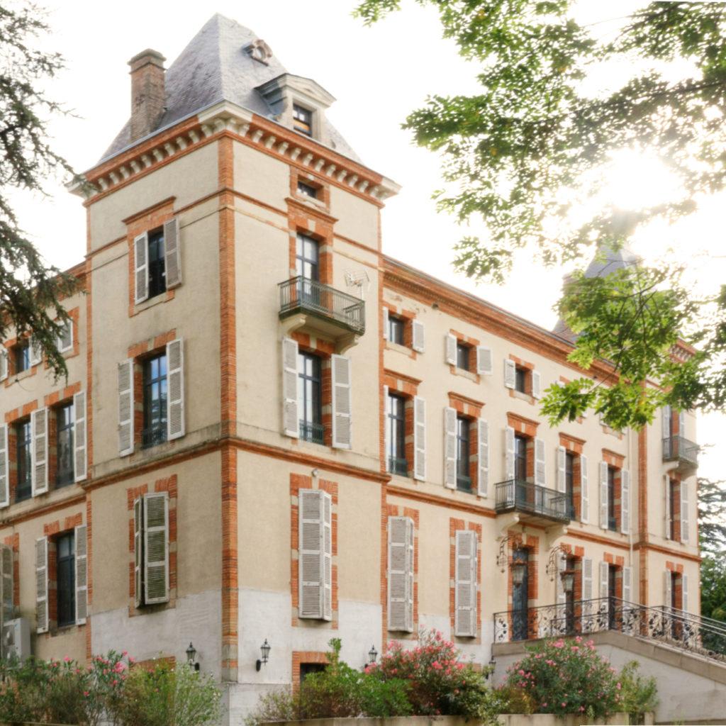 Vue façade château de Fiac 2- rénovation d'un hôtel- architectes tarn
