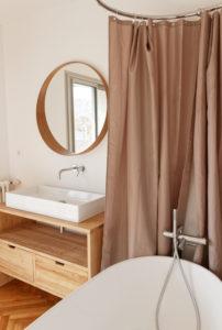 Détail salle de bain maison A