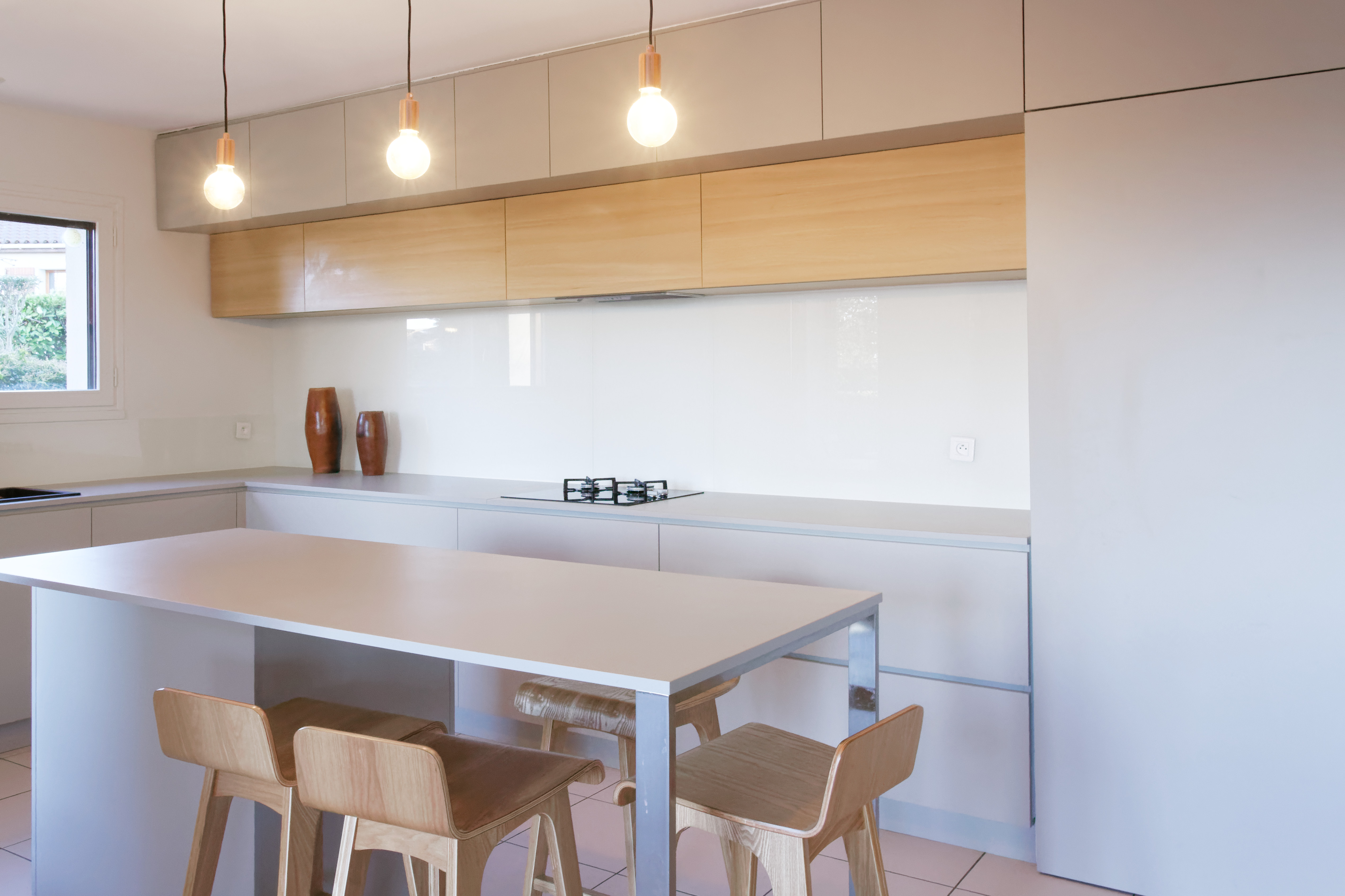 Vue de l'intérieur de la cuisine de la maison R